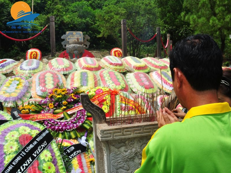 Thap nhang mo dai tuong VNG